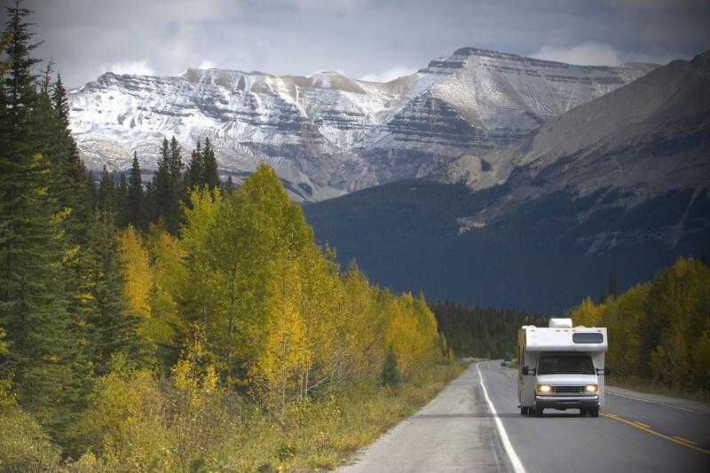 met een camper rondreizen door Canada